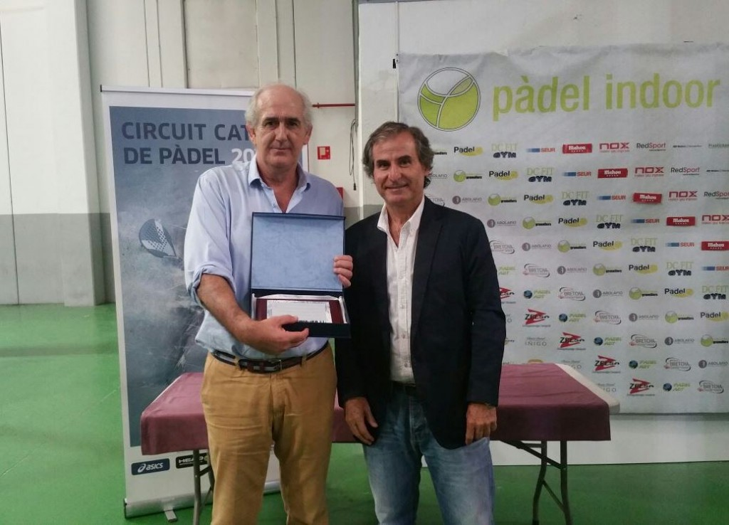 CAMP CAT SENIOR PARELLES 1 PLACA